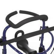 Für die seitliche Abstützung ist der Easy-Walker mit einem gepolsterten Thoraxring ausgestattet.